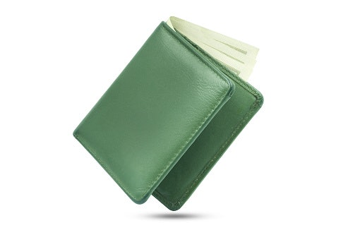 Minimalist Wallets Are the Newest Fad
