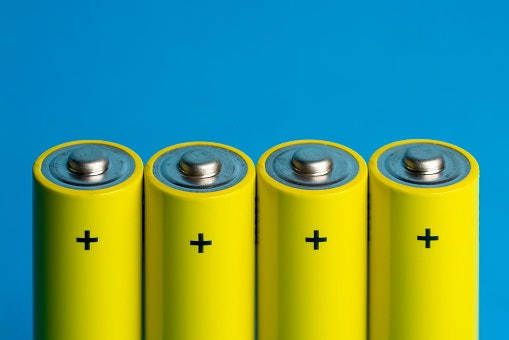 Choose Between Disposable Batteries and Rechargeable Ones