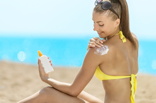 Spray Sunscreens Are Light and Easy to Apply