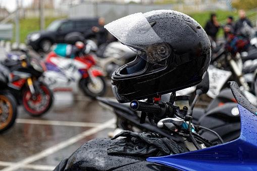 Look for Anti-Rain and Anti-Fog Helmets Visor