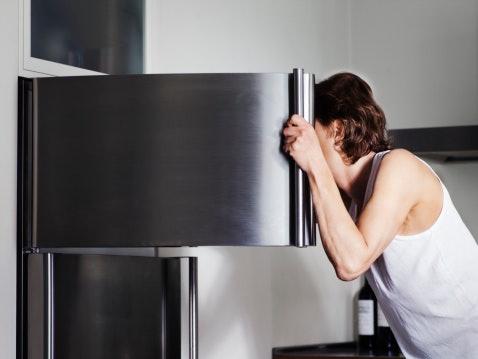 Decide Between Top or Bottom Freezer