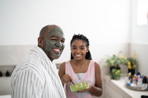 Clay Masks to Unclog Pores