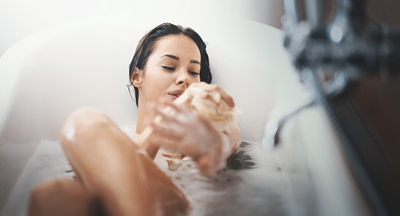 What is the Difference Between a Shower Gel and a Body Wash?