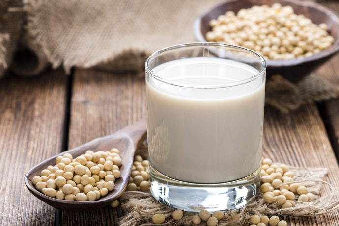 If You Are Lactose Intolerant or Want to Reduce Calories, Choose Soy Milk