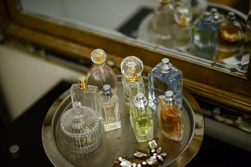 Parfum and Perfume Oils Last 24 Hours