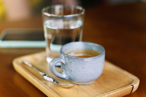 Ceramic and Porcelain Mugs Are Microwave and Dishwasher-Safe