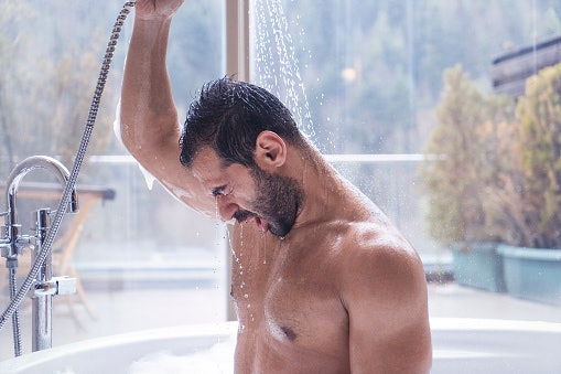 Shower Gels and Body Washes Have Stronger Formulations Than Soap