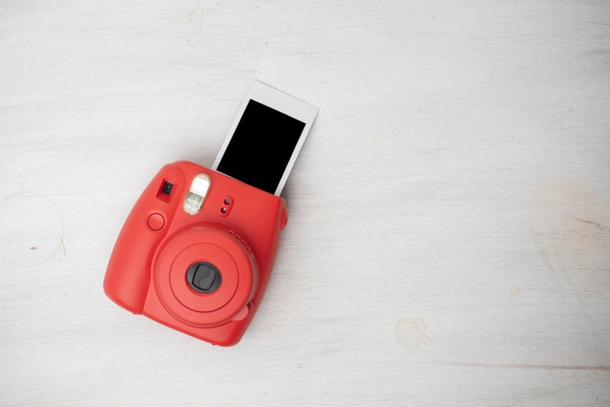 How Does an Instant Camera work?