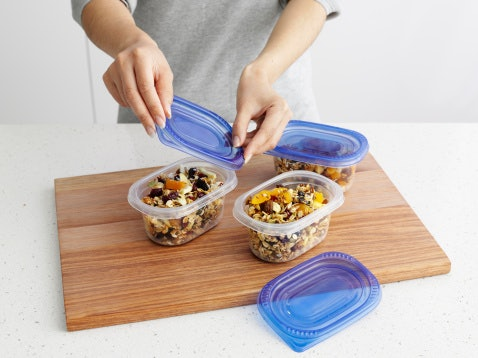 Plastic Containers Are Lightweight and Non-Breakable