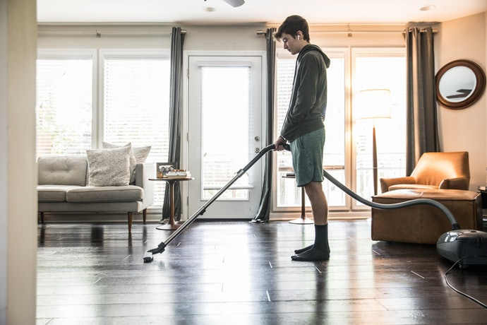 Upright Vacuums Work Best on Hardwood Floors