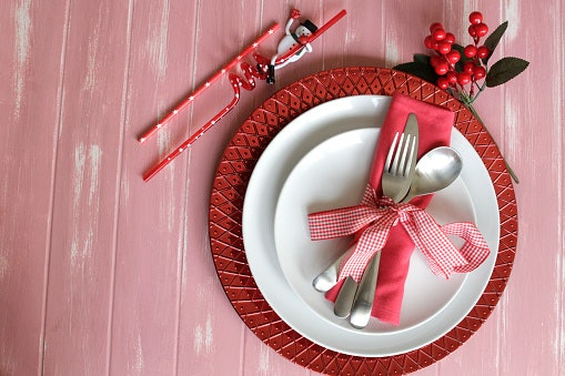 Keep Your Dinnerware Sets Looking Great