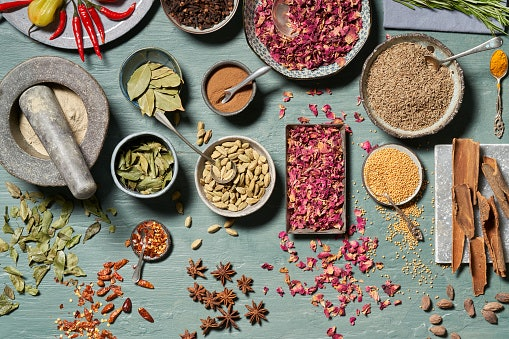 Buy Sabut or Whole Garam Masala That Retains All the Goodness