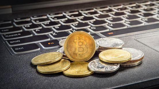 Blockchain: For Those in the IT and Finance Fields