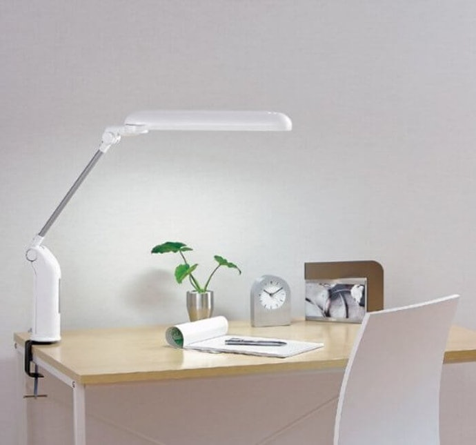 Clamp-Type Table Lamp if You Have Limited Area