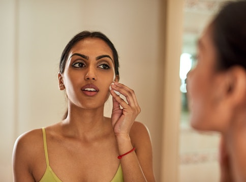 Got Oily Skin? Opt For Oils Containing Anti-inflammatory Properties
