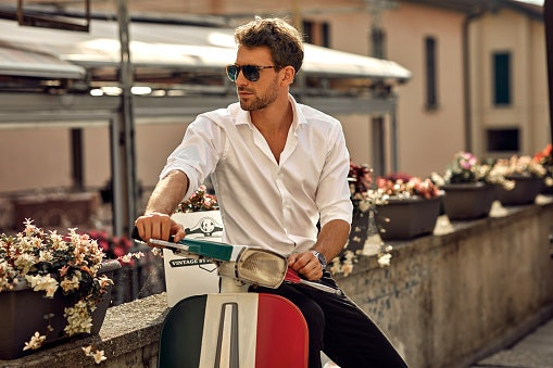 Choose Your Sunglasses Based on Your Style Preference