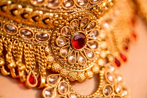 Jadau Jewellery Looks Extremely Regal and Is Not for Daily Wear