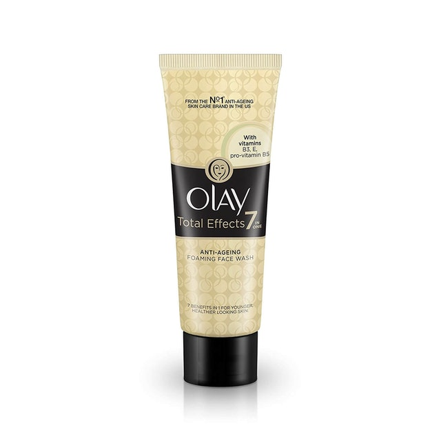Olay  Total Effects 7 in 1 Anti-Ageing Foaming Face Wash 1