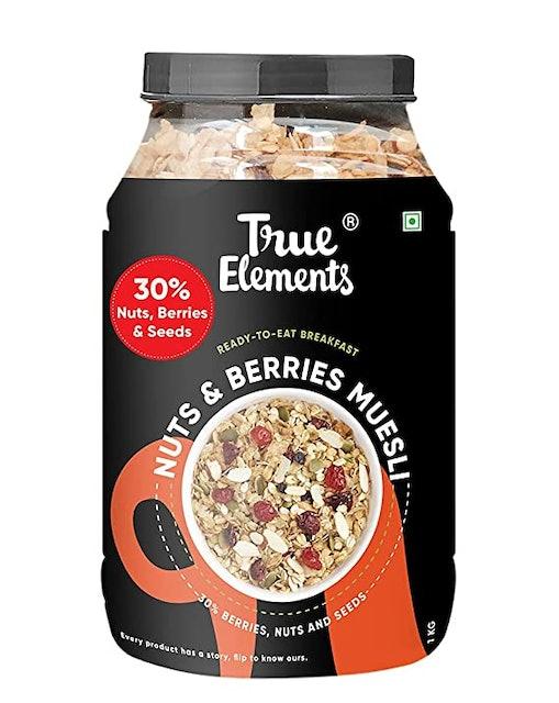 True Elements Crunchy Nuts & Berries Muesli, 1kg 1
