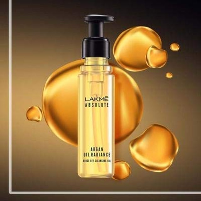 Lakme Absolute Argan Oil Radiance Rinse-Off Cleansing Oil, 60ml 1