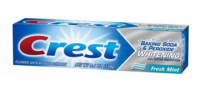Crest  Baking Soda and Peroxide Whitening Toothpaste 1