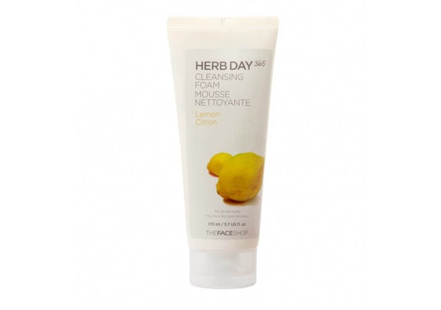 The Face Shop  Herb Day 365 Cleansing Foam Lemon 1