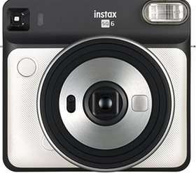 10 Best Instant Cameras in India 2021 - Buying Guide Reviewed By Filmmaker 3