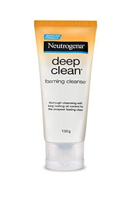 Neutrogena  Deep Clean Foaming Cleanser 1