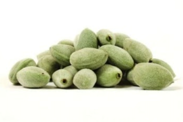 Fast and Fresh Green Almonds 1