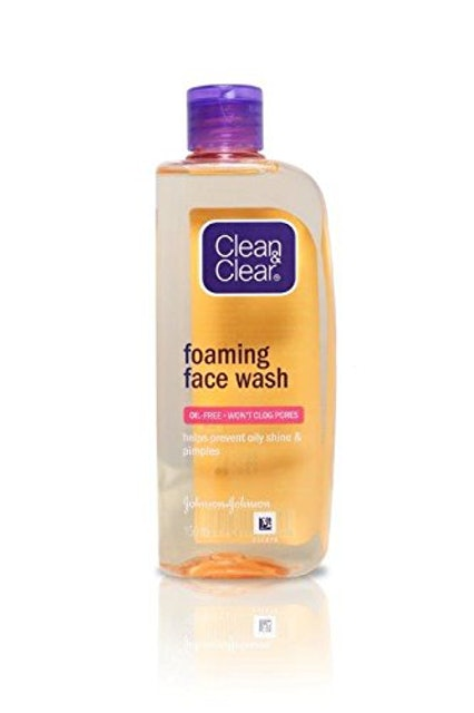 Clean And Clear  Foaming Face Wash 1