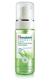 Top 10 Best Foaming Face Washes In India 2021 (Neutrogena, Eau Thermale, and more) 1