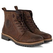 10 Best Men's Boots in India 2021 (Red Tape, Columbia, and more)